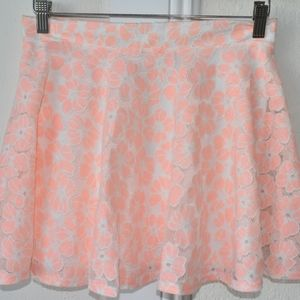 Paper Crane peach and white lace mini skirt floral
